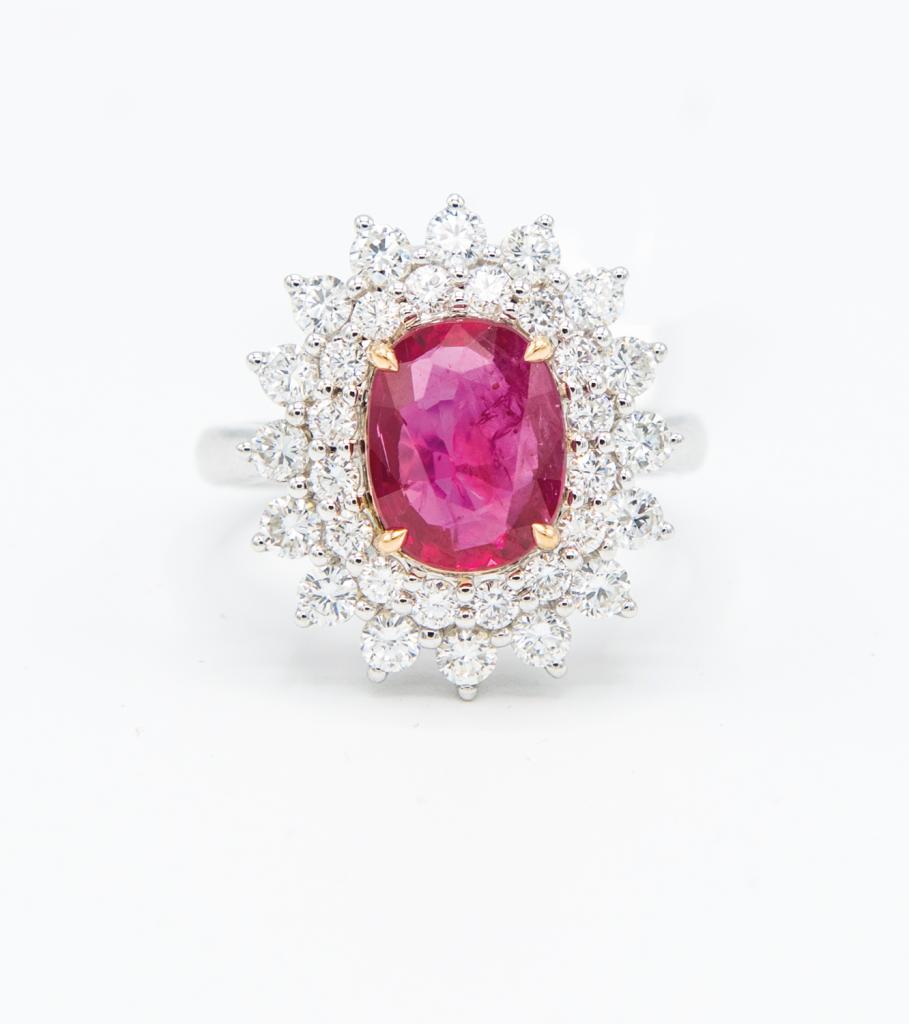 18K白金2.87克拉<br>緬甸紅寶石配鑽石戒指