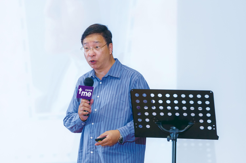 聚會邀請了基督教銘恩堂梁永善牧師分享信息。