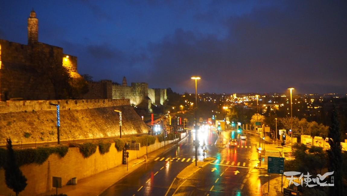 12月的耶路撒冷又黑又冷
