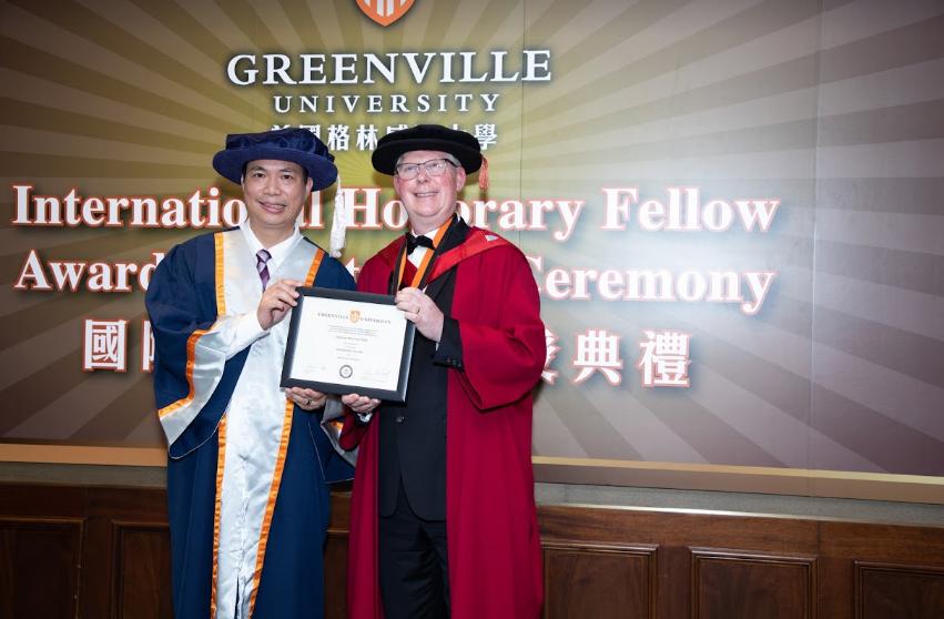 影音使團總幹事袁文輝先生榮獲美國格林威爾大學頒授榮譽院士